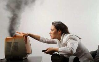 Скачки напряжения в сети: причины, способы защиты, куда жаловаться