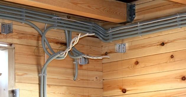 Все ли безопасно и правильно при таком подключении проводки?