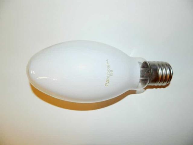 Ртутные и светодиодные лампы ДРЛ - характеристики