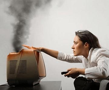Низкое напряжение в сети: причины, что делать, куда звонить и жаловаться