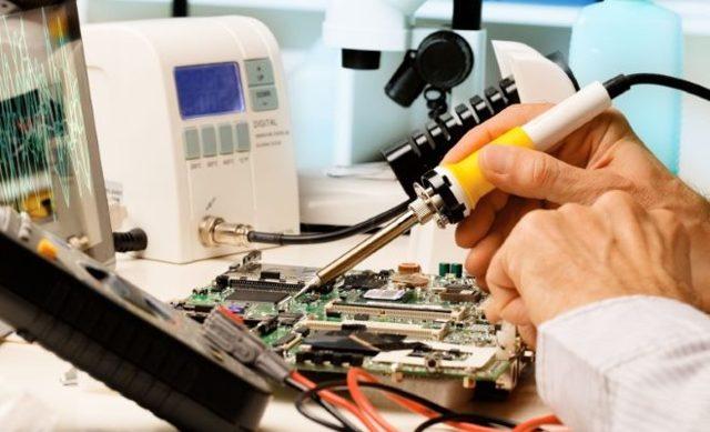 Почему все приборы жужжат от инвертора?