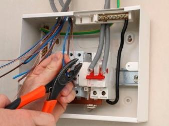 Можно ли подключить варочную панель через клеммную колодку?