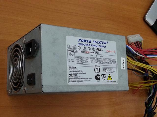 Как подключить магнитофон, который работает и от 220 В и от батареек?