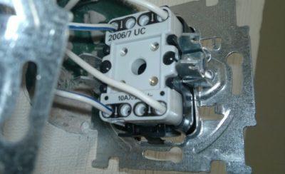 Перекрестный выключатель: схемы подключения