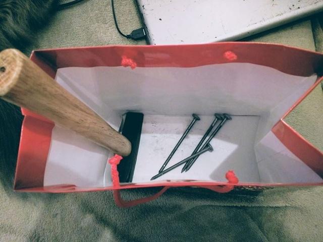 Что подарить электрику прикольное и оригинальное: 41 идея подарков