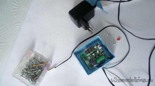 Как подключить терморегулятор xh-w2028 через реле cjx2- 12?