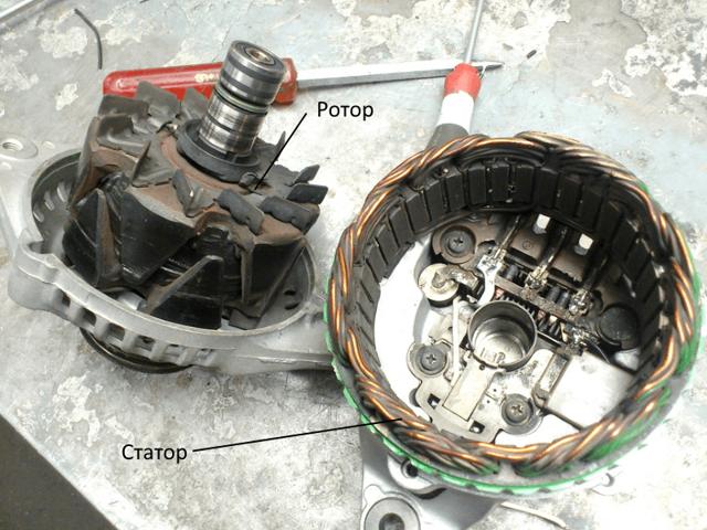 Почему при подключении фишки на генератор denso 150А падает зарядка до 12,8 В и горит лампа?