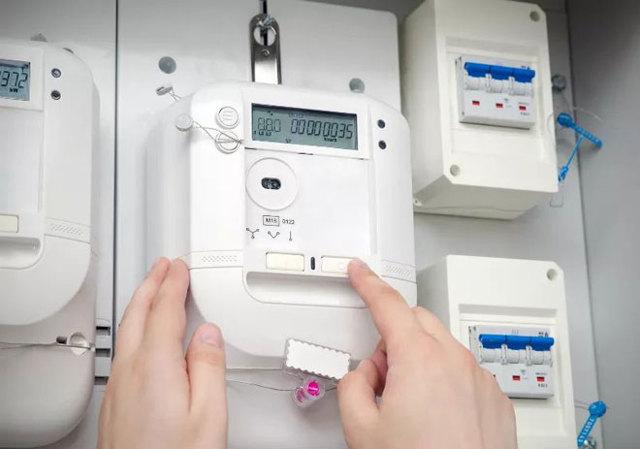Как снимать показания счетчиков электроэнергии?