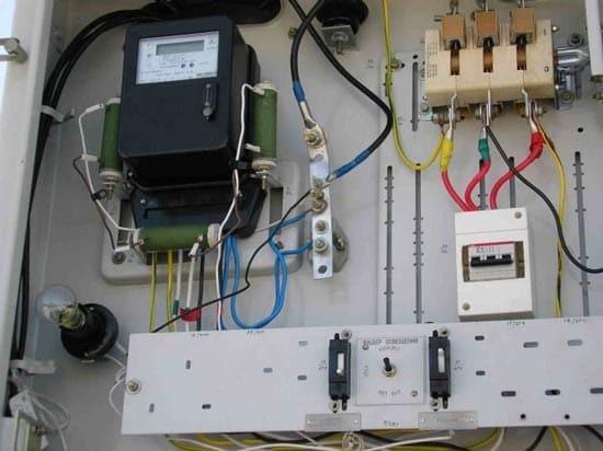 Как провести электричество на участок дачи: советы