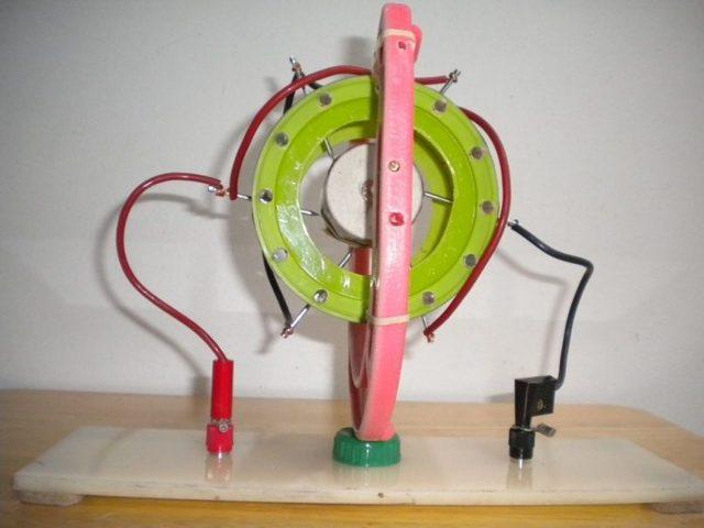 Простой электродвигатель своими руками из подручных средств
