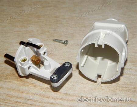 Как вмонтировать в трёхжильный кабель-удлинитель ножной выключатель-лягушку?