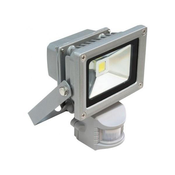 Почему светодиодный прожектор светит и не выключается?