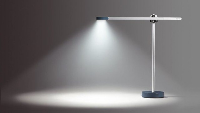 Почему led-лампочки не гаснут полностью при выключенном свете?