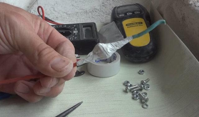 Как соединить алюминий с медью, если старое соединение окислилось?