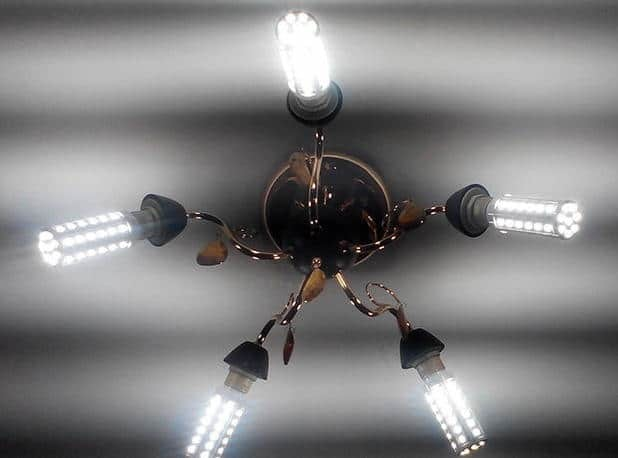 Почему мигают дополнительные лампочки после их подключения?