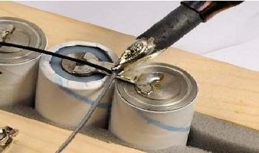 Литий-ионный аккумулятор: как зарядить