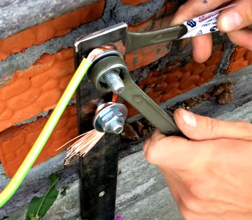 Как отремонтировать гирлянду, если вышла из строя плата?