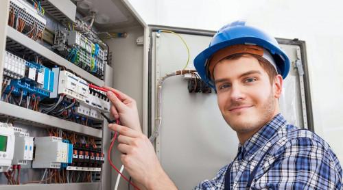 Как стать электриком с нуля: что нужно для этого и с чего начать?
