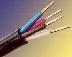 Если ли смысл менять проводку в комнатах, если вводной кабель из алюминия сечением 4 квадрата?